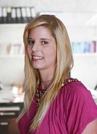 Gaál Melinda (ProduktON!) - online marketing tanácsadó, webfejlesztő, Facebook marketing kivietelező